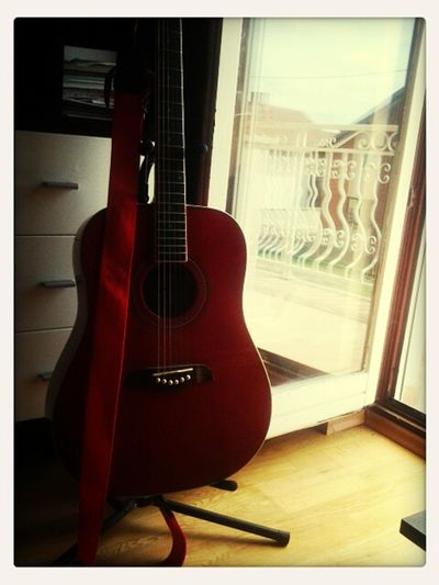 just me and my guitar ♥♥