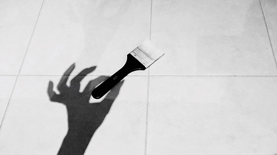 Shootermag Shadow Focus On Shadow Relaxing Enjoying Life Simplicity Minimalism Light And Shadow Monochrome Blackandwhite