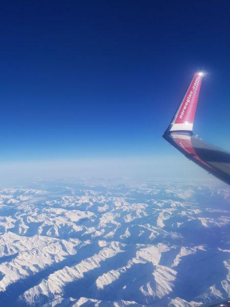 737-800 Alpine Horizon Landscape Snow Alps Mountain Winglet Flap Clear Sky Aerospace Industry Day