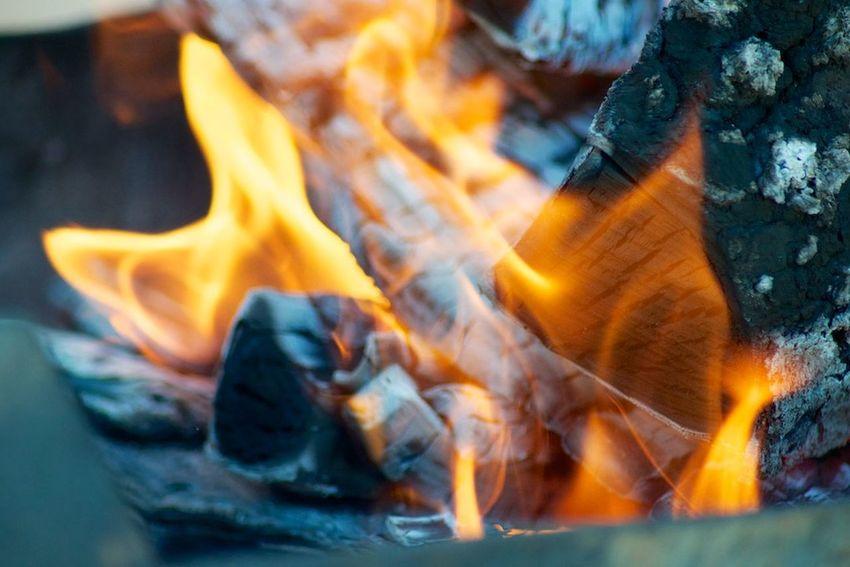огонь пламя уголь языки пламяни Hot Fire Fire - Natural Phenomenon Burning Flame Heat - Temperature No People Orange Color Outdoors
