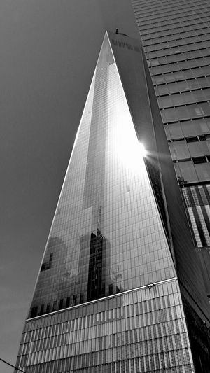 Andrevieira Architecture Black & White Black And White Blackandwhite Blackandwhitephotography Building Exterior Built Structure EyeEm Gallery Fotografering Férias Low Angle View NY NYC NYC LIFE ♥ NYC Photography Photo Photografie Photographie  Photography Portrait Portrait Photography Preto & Branco Pretoebranco Welcome Weekly