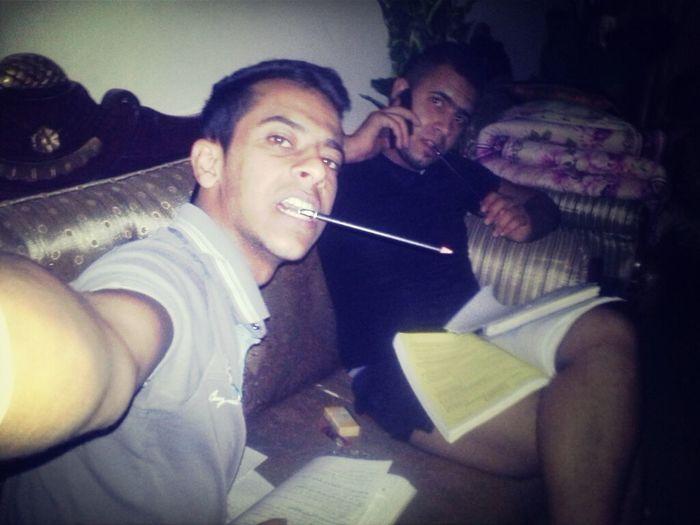 معكم امتحانات السادس والاحياء بطل هذا الجزء In The House Of My Friend! Study Time Biology Class