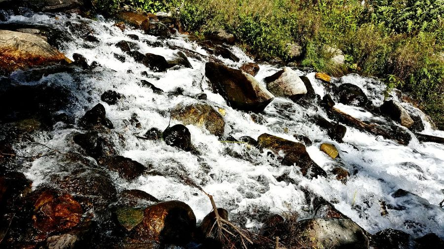 Full Frame Close-up Backgrounds No People Outdoors Nature High Angle View Stones & Water Pebbles Waterfall Water Chilling ✌ Trip Photo MALANA VILLAGE Himachalpictures Himachaldiaries HimalayaScape Himachalpradesh Flowing Water Sparkling Water