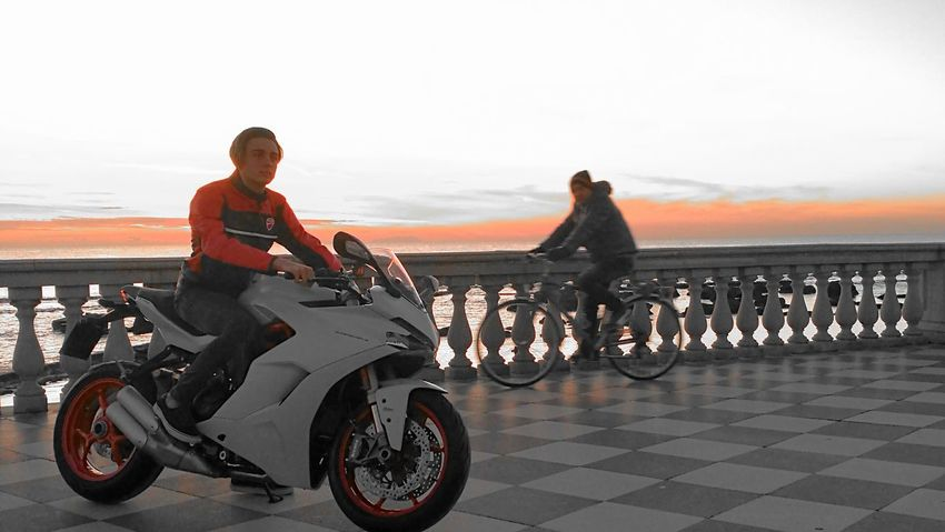 Ducati SuperSport Motorcycles Motocicletta Motociclismo Men
