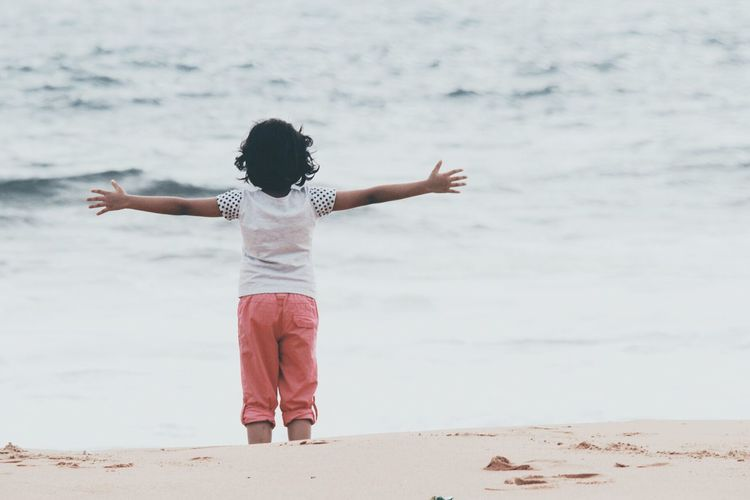 Girl Child Hanging Out Nature Hugging A Tree Beach Beat Of Eyeem Childhood Day Full Length Leisure Activity Lifestyles Nature One Person Outdoors Real People Rear View Sand Sea Shore Standing Water Wave A New Beginning