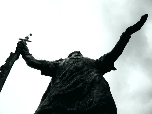 Monochrome Photography Statue Black And White Sculpture Silhouette Day One Man Only Horizontal Outdoors Inca Cusco, Peru Cusco Peru Incas Pachacutec Big Statue Statue Black And White Person Human Body Part Men Silhouette Adult Sculpture Outdoors