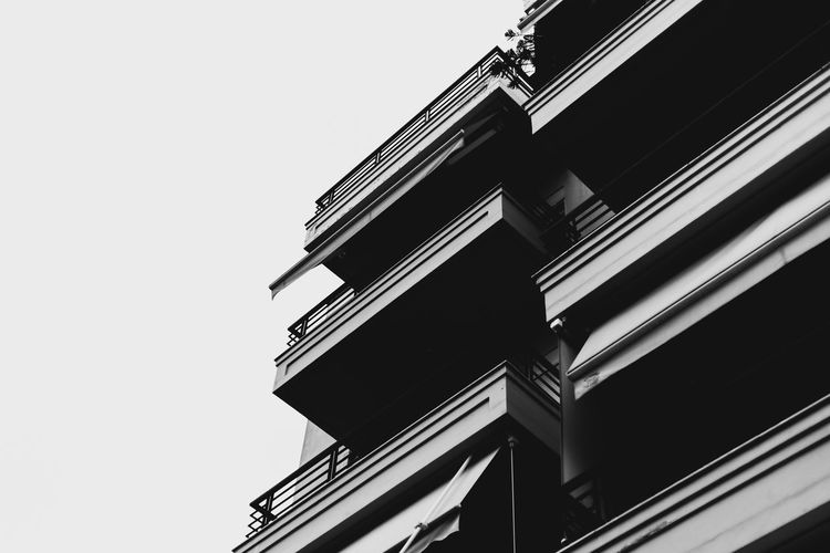 Building Low Angle View Architecture Built Structure Building Exterior No People Day Sky Outdoors Skyscraper Fine Art Photography Old-fashioned Silhouette Welcome To Black Long Goodbye EyeEm Best Shots Eyeemphotography Canon 5d Mark Iv Dramatic Sky Cloud - Sky The Secret Spaces BYOPaper! The Architect - 2017 EyeEm Awards
