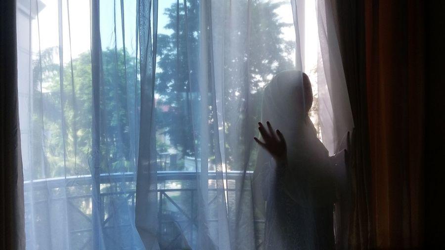 Learn & Shoot: After Dark Nature On Your Doorstep Womanportrait EyeEm Nature Lover Feeling Inspired SelfishSelfie Hijab Style Vintage Moments The Portraitist - 2016 EyeEm Awards