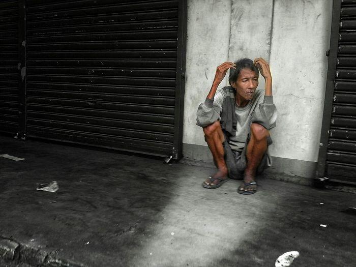 Loveless- :( Eyeem Philippines People Poorpeople Homelessman Loveless Bulacan Poormansgrave