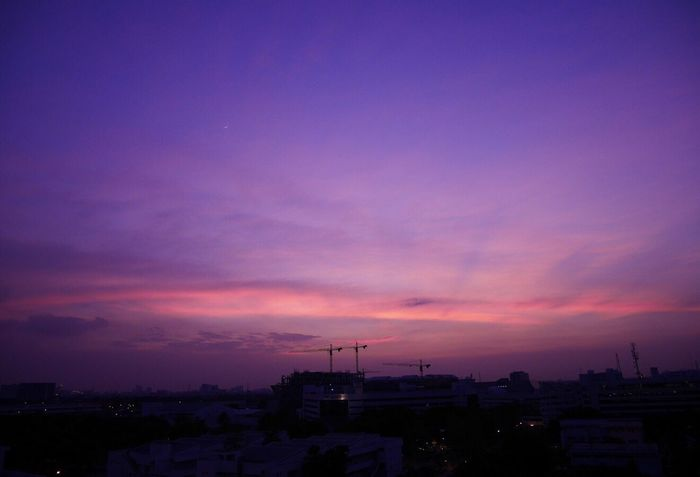 """💜 Sky Skyscraper Sky And Clouds Purple Sky Pink Color Purple Color Architecture Cityscape Outdoors Beauty In Nature Urban Skyline Bangkok Thailand. Beautiful By ... Memay """"S.R."""" Naturelovers Lumixgf7 Panasonic  Pictureoftheday Picoftheday Photoshoot Street Photography Photo Photography Photooftheday Photographer"""