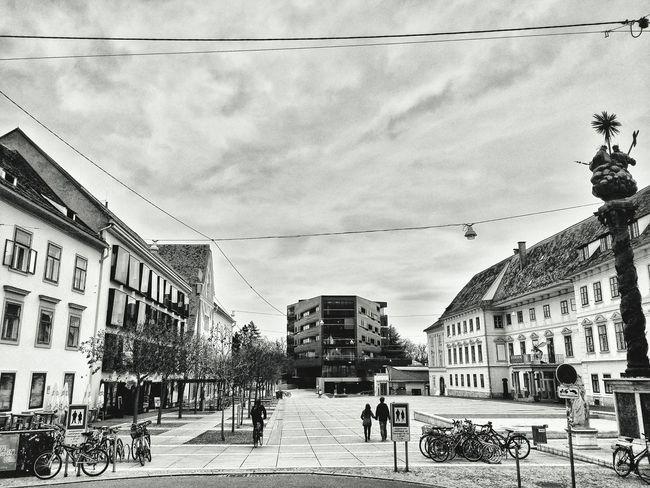 Graz Black White