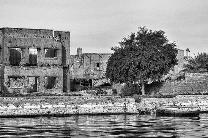 By Canon 400d Canon400d Monochrome Blackandwhite Basrah Shattalarab River Iraq