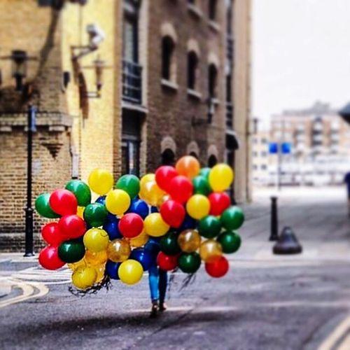 London is calling! Hello 😎 Balloon Outdoors