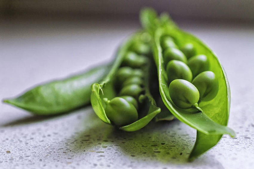 Close-up Detail Focus On Foreground Food Freshness Green Green Color Green Pea Healthy Eating No People Organic Raw Food Selective Focus Still Life