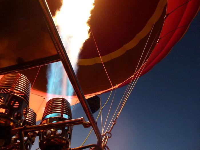 #NoFilter #Turkey #balloon #cappadocia #dawn #fire #hotairbaloon #nofiltertravel #travel #travelphotography Adventure Hot Air Balloon Low Angle View Sky The Week On EyeEm The Week On EyeEm EyeEmNewHere EyeEmNewHere