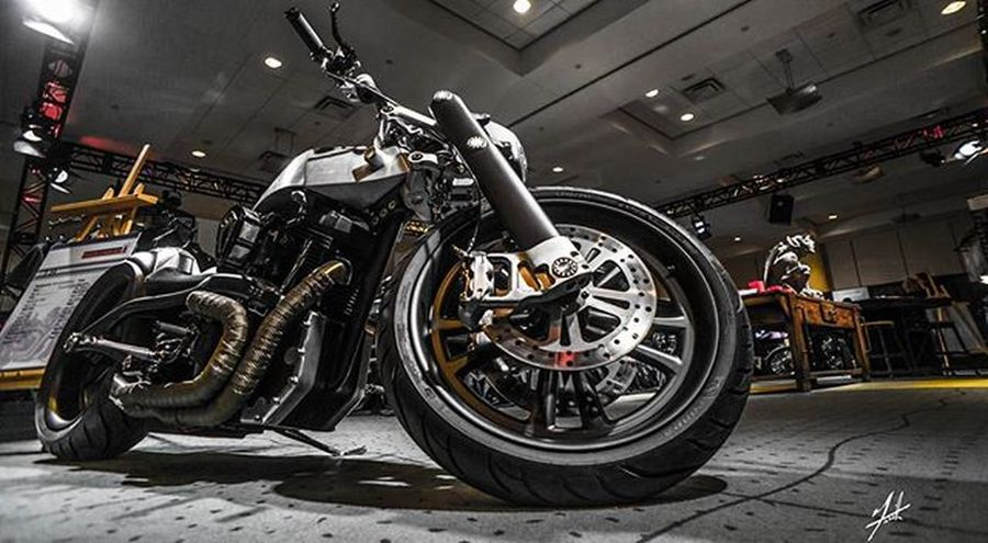 This section of pics are probably my favourite edited pics of Cias 2016 😈 Canadianinternationalautoshow2016 Low Lowered Stance Auto Dropped 416 Amazing Canadianautoshow Canadianautoshow2016 Autoshow Supercar Fast Trackit Cias2016 Toronto Hamilton Ontario Canada Metroconventioncentre Builtinontario Bikebuilder Instabike Bike whiskey hardtail motorcycle @cdnintlautoshow @theduderefined @binbrookspeed @kreater1 @kreatercustoms