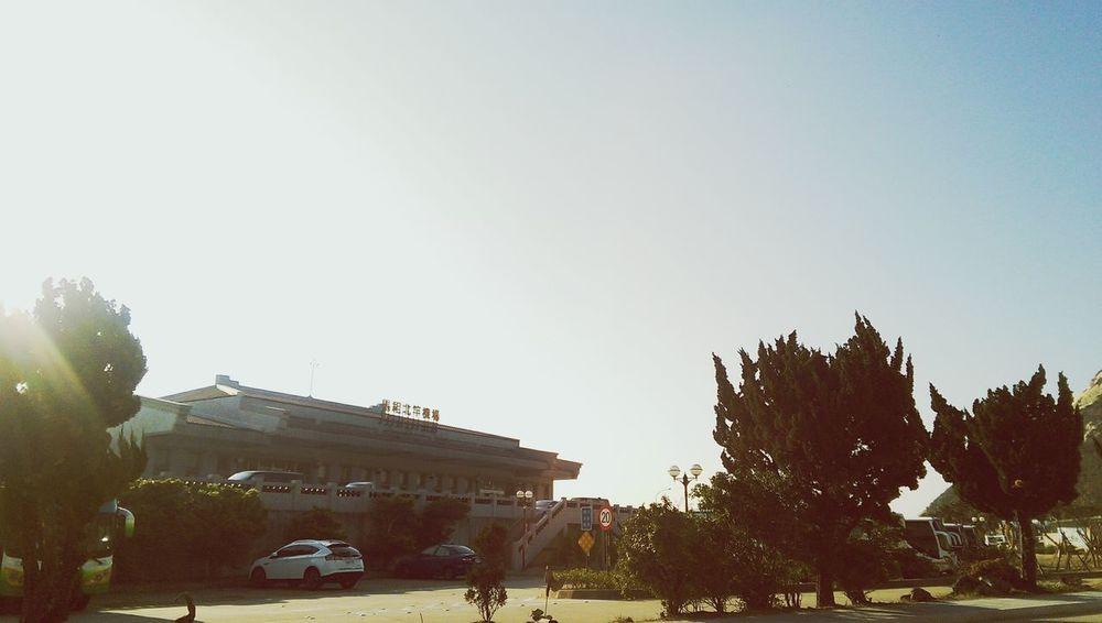 早安,天空好藍啊!