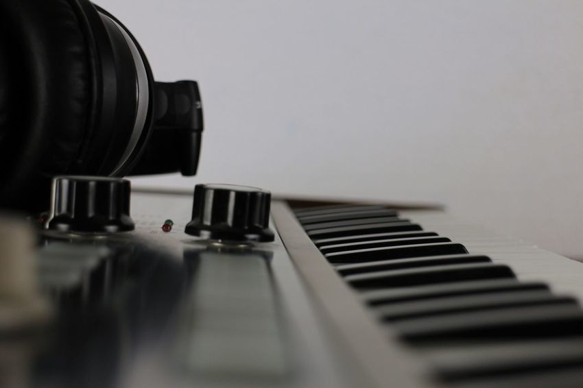 Synthesizer Music Musical Instrument Arts Culture And Entertainment Piano Key Piano Indoors  Selective Focus No People Audio Electronics Audioengineering Musical Equipment Music Audiorecording Audio Studio Musical Instruments Synth Synthesizer Audio Desktop Wallpaper Desktop Background Sound