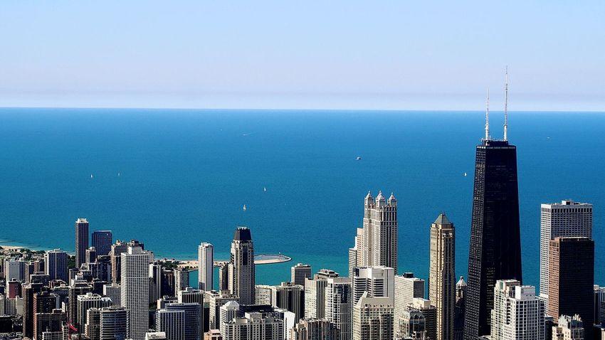 Beautifully Organized City Urban Skyline Travel Destinations Travel Architecture Built Structure Sky Chicago Willistower The Architect - 2017 EyeEm Awards