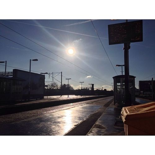 Finsbury Park with Bright Autumn Sunshine! (No filter) Lovelondon London London_only Londonpop London_only_members Loveldntwn Igerslondon Ig_london Ig_england Ig_europe Global_shotz Timeoutlondon Allshots_ Aauk Guesstination Uk_potd Streetshot_london Arkiromantix_london Skies_masters London_masters