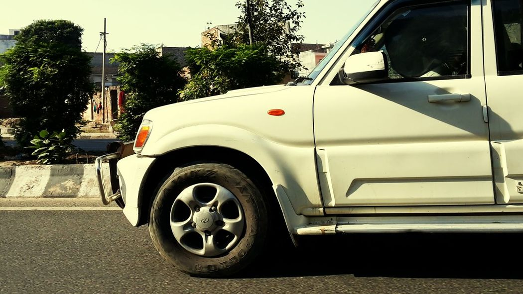 Racing against a Car Club Mahindra Scorpio