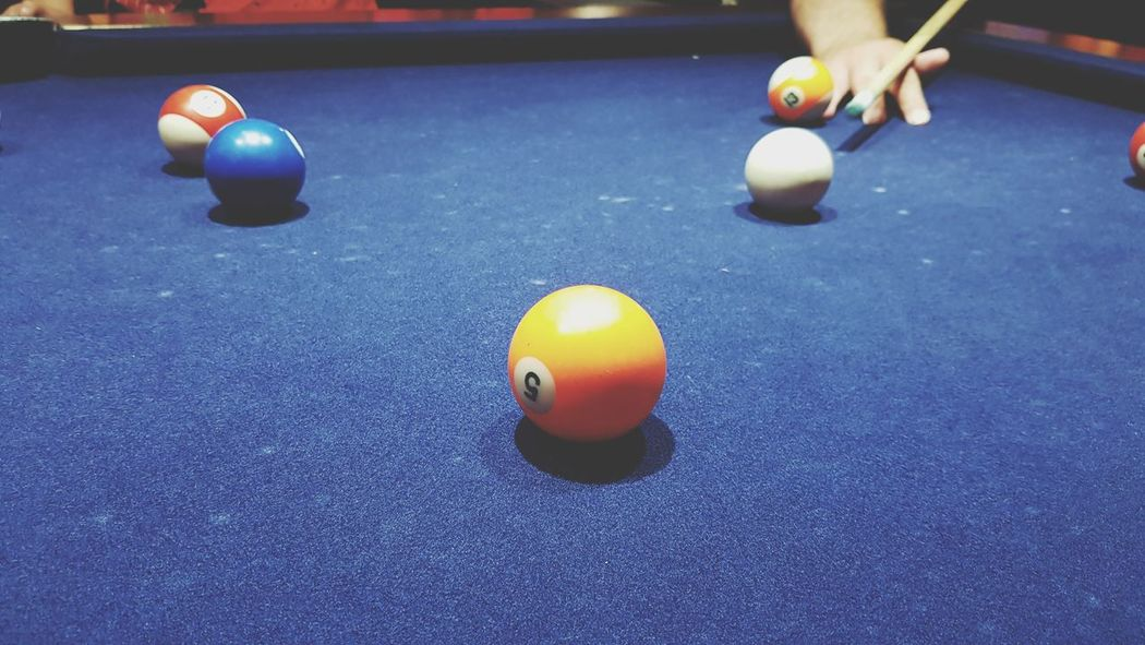 Persons hand on pool table taking their shot at American 8 ball pool Pool Ball Pool Balls Socializing Human Hand Cue Sport Pool Cue Snooker Cue Having Fun Playing Pool👌 8 Ball Pool American Pool EyeEm Selects Snooker Pool Hall Snooker And Pool Snooker Ball Aiming Ball Pool Leisure Games Felt Sphere Target Shooting