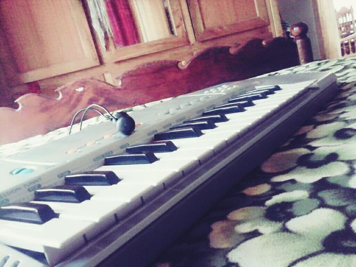 Piano Addict.. Peace And Music Musical Instrument Piano Music