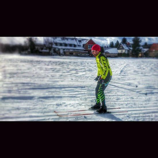 eine schöne kleine Runde auf der Jeschkenblickloipe Loipe Skiing Skitour scott qloom qloomsports snow zittauer_gebirge winterday Sport lovewinter wintersports @qloom_bikewear