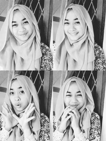 Make it alright.. smile and snap it! 📷💕💕 Hijab Today Faces Of EyeEm All Smiles B&W Portrait Selfiesunday Selfietime