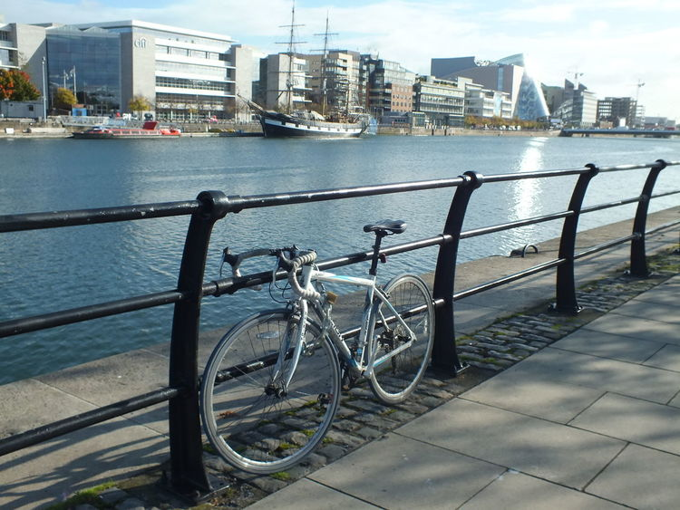 Photography Dublin Dublin, Ireland Ireland🍀 Walking Around Taking Pictures From My Point Of View River Walk Autumn Autumn In Dublin Dublin Street Photography Dublin City Bike River Cityscapes Citycenter CityWalk Ship Ships🚢 No Filter, No Edit, Just Photography