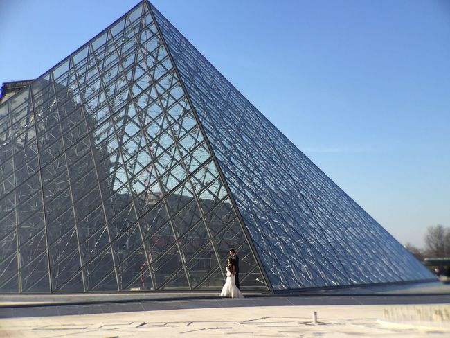 People And Places Architecture Geometric Shape Day Modern Pyramide Du Louvre Louvre