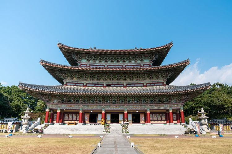 ASIA Jeju Korea Tradition Architecture Building Exterior Built Structure Cultural Heritage Culture Culture And Tradition Day Incidental People Jejuisland Maple Maple Leaf Nature Outdoors People Place Of Worship Real People Religion Sky Travel Destinations Tree