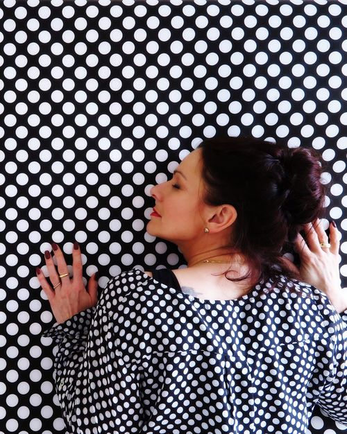 Real People Lifestyles One Person Indoors  Curly Hair Young Women Day People Human Body Part Close-up Adult Dots Dots Everywhere Equality Directly Above Portrait Portrait Of A Woman Especially Better Look Twice Hands Same  Same But Different Pattern Pattern, Texture, Shape And Form Women Around The World The Portraitist - 2017 EyeEm Awards EyeEm Ready   AI Now Visual Creativity