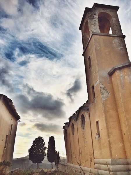 Borgo Giuliano Hello World Taking Photos Great Atmosphere Ruins EyeEm Best Shots Sicily Getting Inspired Enjoying The View Old Buildings Architecture Cesarò-nebrodi