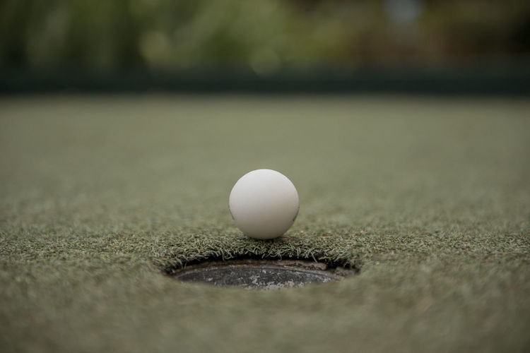 Weekend getaway The Week on EyeEm Eyeem Philippines Sport Ball Selective Focus Close-up No People Day White Color Table Leisure Activity Still Life Golf Single Object Activity Absence Egg Relaxation Nature Food And Drink Leisure Games Simplicity