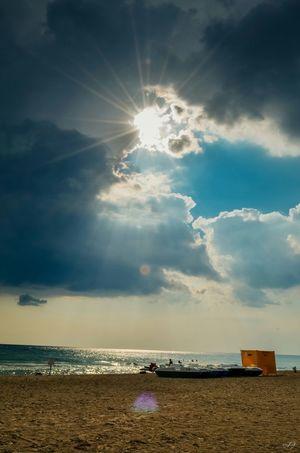 Sea Enjoying The Sun Shtormovoe Beach Relaxing Sky And Clouds Skylover Sky