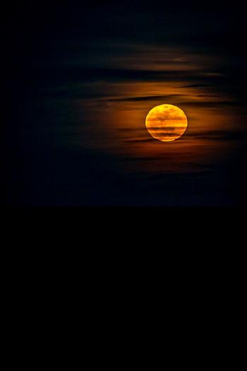 Blood Moon January 31, 2018 Blood Moon 2018 Moon Rising Nightphotography Virginia Art Blood Moon Eclipse Full Moon Night  Moon And Clouds Moonlight Ocean
