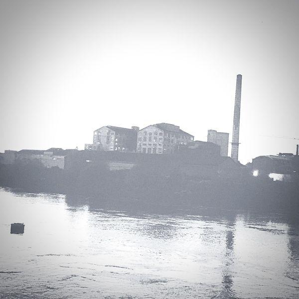Industrie en bords de Loire Taking Photos