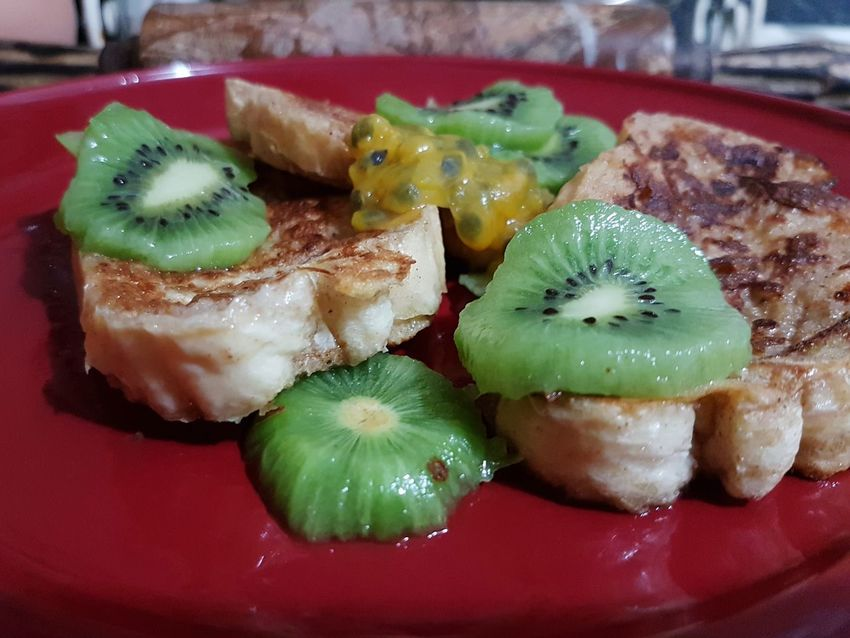 Food Food And Drink Serving Size Healthy Eating Ready-to-eat Close-up Freshness Indoors  No People Chinese Food Sushi Day Breakfast Breakfast Time Breakfast Time! Frenchtoast Kiwiexperience Kiwi_photos Kiwi Slice Passion Fruit Passionfriut