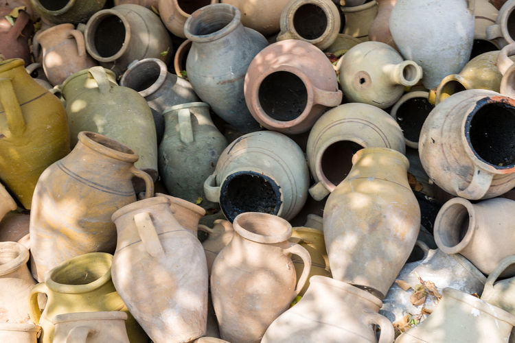 Backgrounds Ceramics Close-up Large Group Of Objects Pottery Pottery Art Repetition