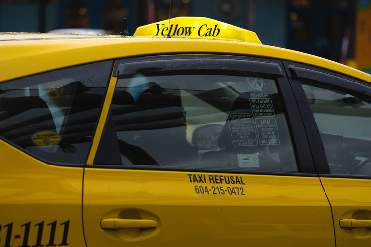 Yellow information sign in car