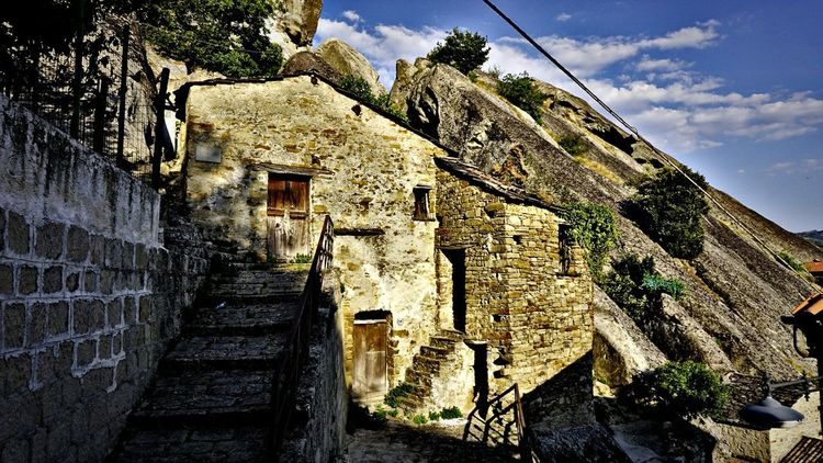 2017 Castelmezzano Italia Maxepersonalphoto Street Architecture Sky HDR Vacations Travel Photography No People EyeEmNewHere Travel Destinations Cloud - Sky Basilicata Bella Scoperta Pietra Tranquility Scenics Paesedellestreghe History Travel Day The Week On EyeEm