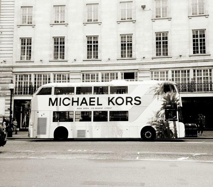 Michael Kors Handbags Bus LONDON❤ Shopping ♡ Oxfordstreet