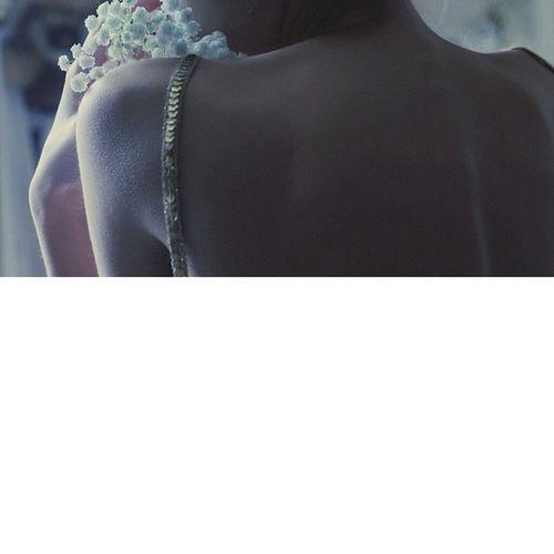 Ночью чувства обостряются... музаснатыгде ночьтылиэто Insomnia Selfie vscom vsco bestvsco minsk belarus inspireme inspiration night nightcity flower thin hand nude tuch