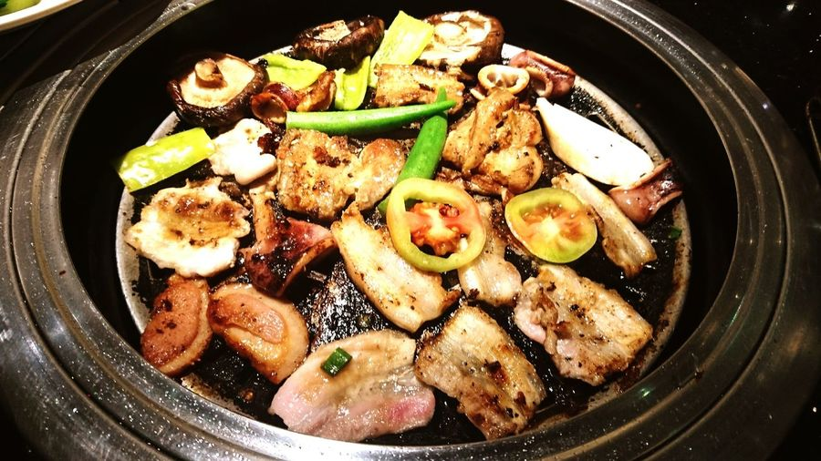 Meat Food And Drink Grilled Pork Chicken Close-up Chicken Meat Comfort Food Temptation Plate Serving Size Savory Food Grilled Pork Grilled Chicken
