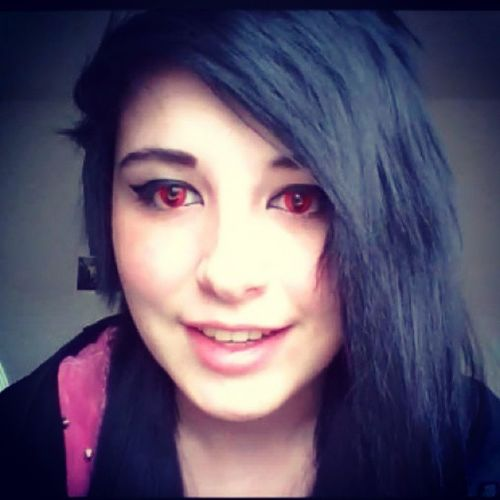 Im sorry but I think red contacts(like the ones tsukune and moka have in Rosario+vampire) are bad ass. And vampires are pretty cool. And I do like the contacts this girl has on;u; Redcontacts Vampire Iwantthem Tsukuneaono mokaakashia