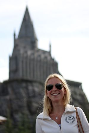 Me at Universal Studios Hollywood - Hogwarts Film Making Happiness Harry Potter ⚡ Hogwarts HOLLISTER Hollywood Never Stop Dreaming Study Abroad 🌴 Summertime Thats Me  United States Universal Studios