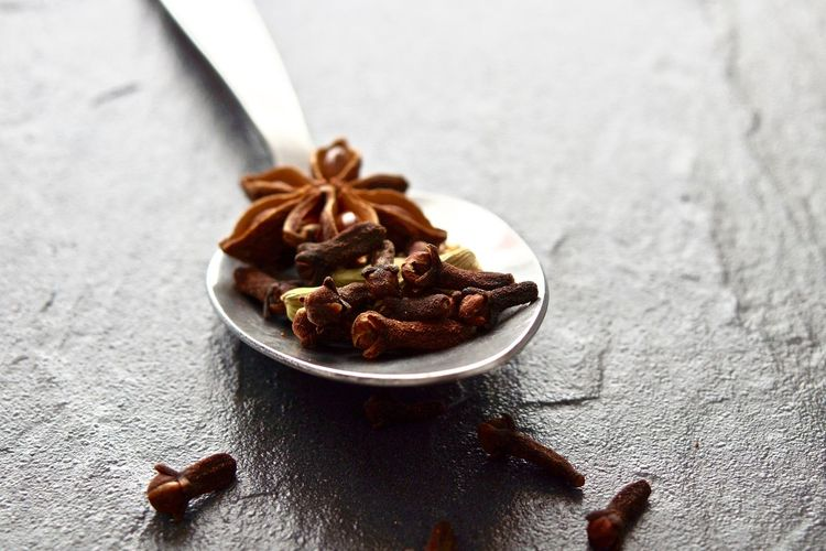 Black Background Cardamon Close-up Cloves Food Macro Metal Spices Spoon Star Anise