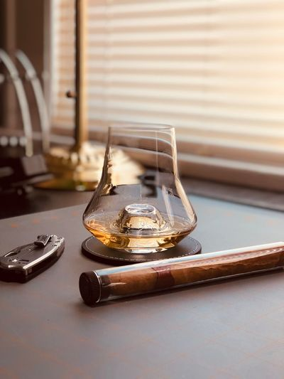 End of the day prize Style Office Cigar Scotch Whisky Scotch Whisky EyeEm Selects Table Indoors  No People Focus On Foreground Close-up Still Life Glass - Material Luxury
