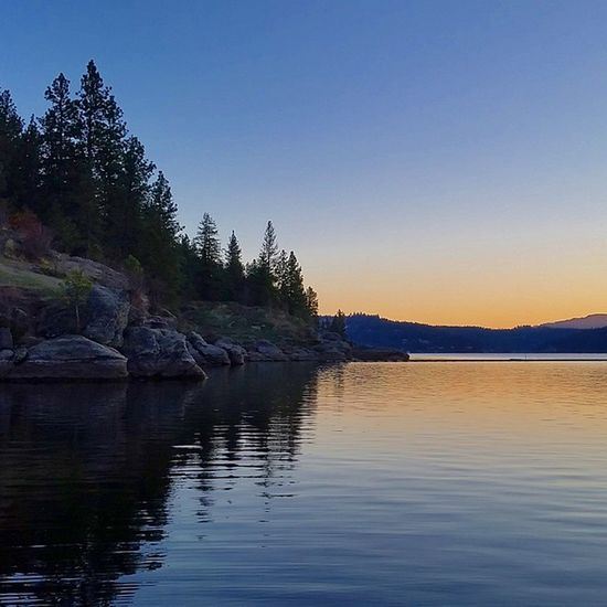 Love living in the Northwest even if it is 30 degrees. Cda LakeCoeurdalene Sunset